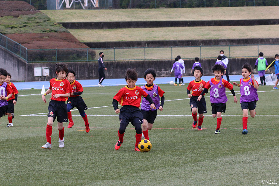 09_0328_sportsdepo.jpg